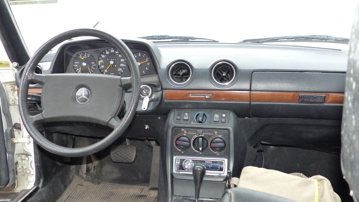 Kaufberatung Mercedes W123 T Modell 280TE Armaturenbrett