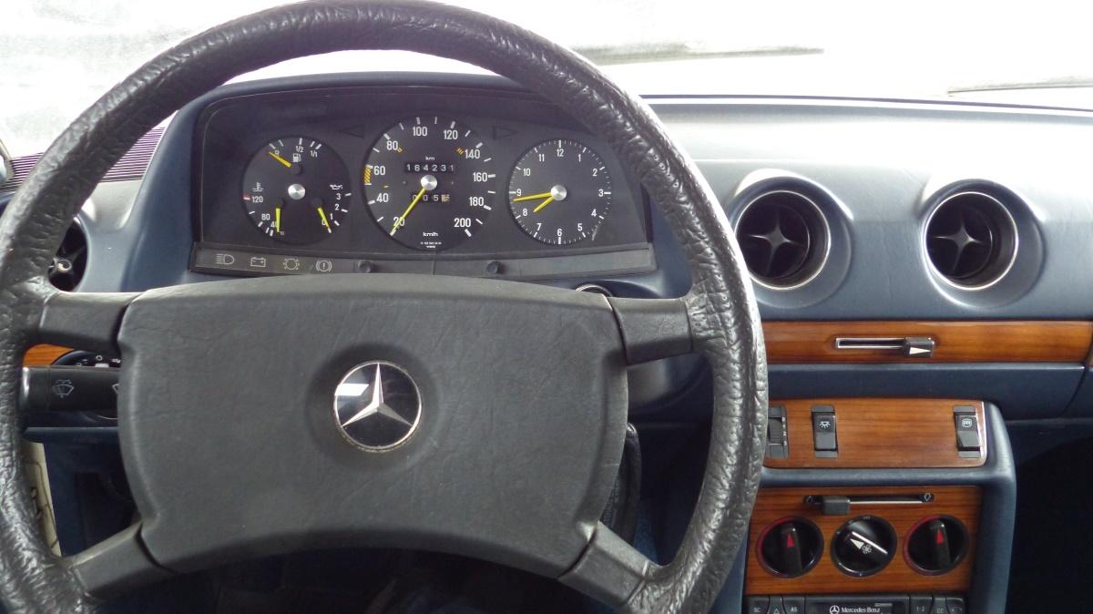 Mercedes W123 230C Coupe Baujahr 1979