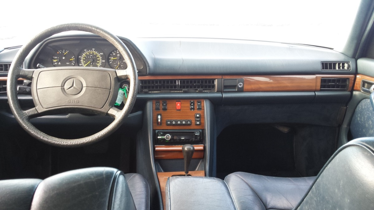 Mercedes W126 Armaturenbrett Zebrano Holz Meilentacho