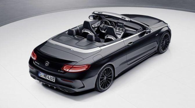 Weltpremiere in Genf: Das C 43 4MATIC Coupé und Cabriolet in Night Edition