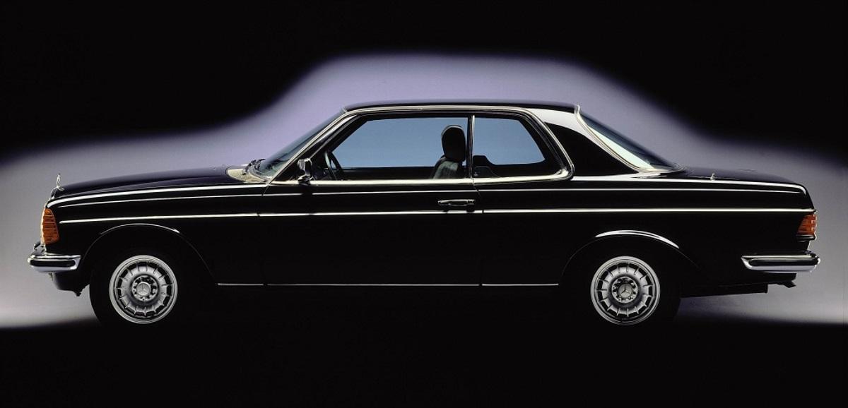 Mercedes Benz C123 Coupé auf der Basis der W123er Limousinen. 280 CE. Gebaut von 1977-1985
