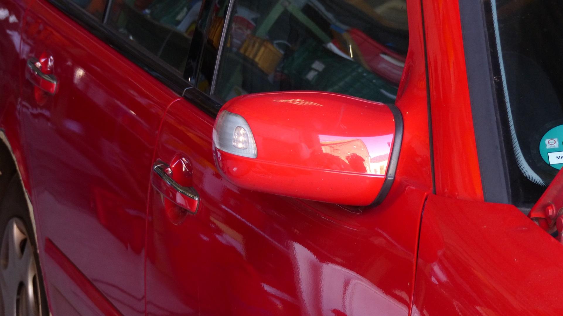 Mercedes E Klasse Kombi Feuerwehr rot