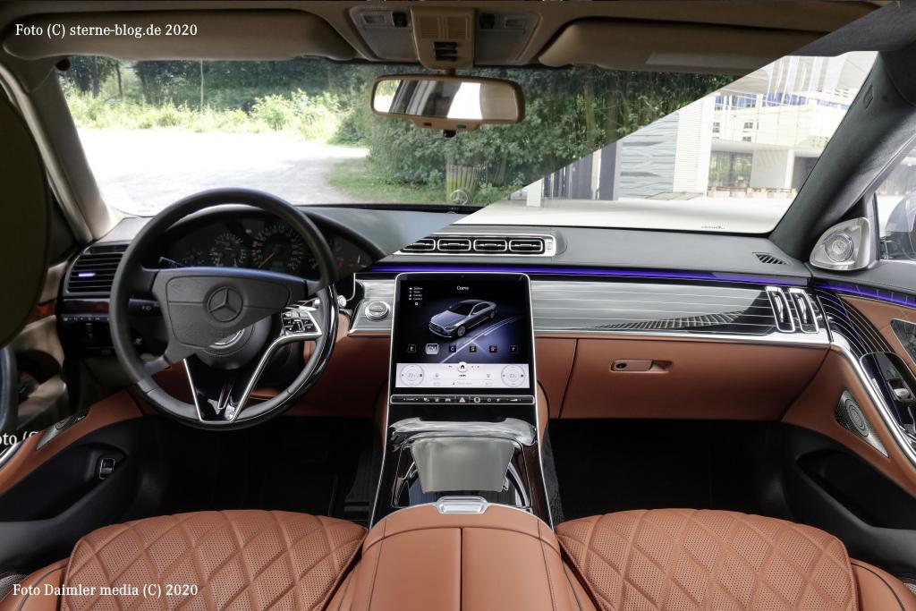 Neue Mercedes S Klasse Armaturenanlage NBUX im Vergleich alte Mercedes S Klasse W140
